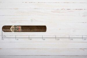 Ashton VSG Tres Mystique, Short Corona, Ring 44 Länge: 111 mm