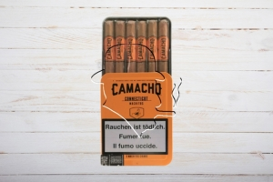 Camacho Connecticut Machitos, Ring 32, Länge: 102 mm, Dose 6er