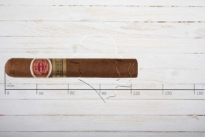 Romeo y Julieta Short Churchills, Robusto, Ring 50, Länge 124 mm
