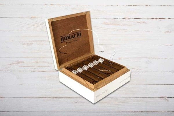 Horacio Boloso Edicion Especial, Double Robusto, Ring 64, Länge: 140 mm, Box 12er