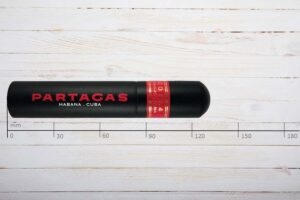 Partagas Serie D No.4, AluTube, Tubo, Robusto, Ring 50, Länge: 124 mm