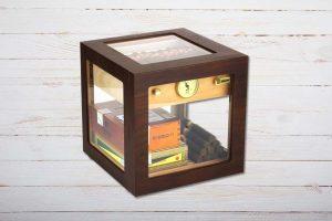 Adorini Cube Deluxe Tisch-Humidor, Walnuss