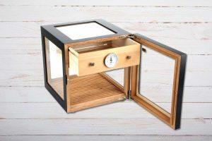Adorini Cube Deluxe Tisch-Humidor, schwarz