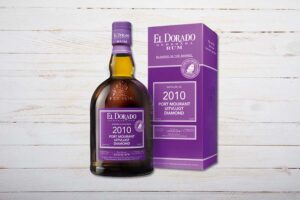 El Dorado Blended in the Barrel (BIB), Port Mourant/Uitvlugt/Diamond, Rum, Guyana, 70cl, violett