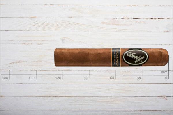 Davidoff Nicaragua Box Pressed Robusto, Ring 48, Länge: 127 mm