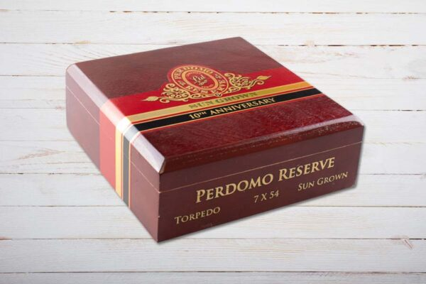 Perdomo Reserve 10th Anniversary Sun Grown boxpressed Torpedo, Ring 54, Länge: 178 mm, Box 25er