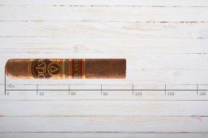 Oliva Zigarren Serie V Melanio No.4, Petit Corona, Ring 46, Länge: 114 mm