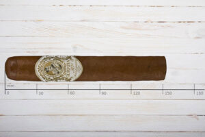 Gurkha Treinta 30th Anniversary, Magnum, Ring 60, Länge: 152 mm